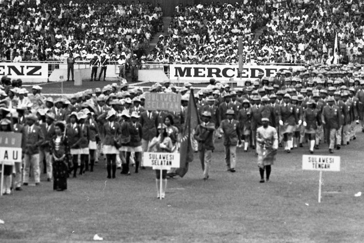 OlahragaPembukaan- Pekan Olahraga Nasional (PON) VIII di Gelora Bung Karno Senayan Jakarta Pusat.