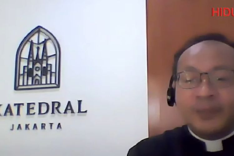 Pastor Kepala Paroki Katedral Jakarta Romo Hani Rudi Hartoko, dalam jumpa pers virtual, Rabu (23/12/2020).