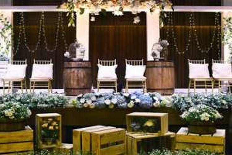 Pernikahan bertema