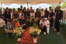 Usai Dilantik di Istana, Pramono Anung Hadiri Pemakaman Ayah Mertua