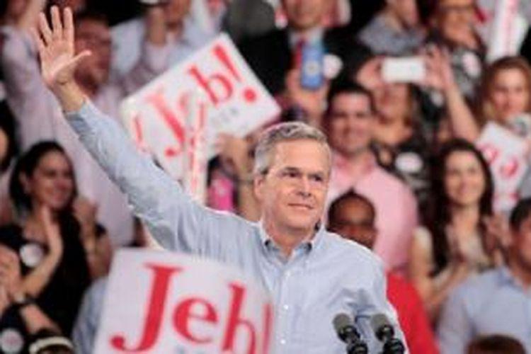 Mantan Gubernur Florida Jeb Bush resmi mendeklarasikan pencapresannya, Senin sore (15/06) di Miami Dale College
