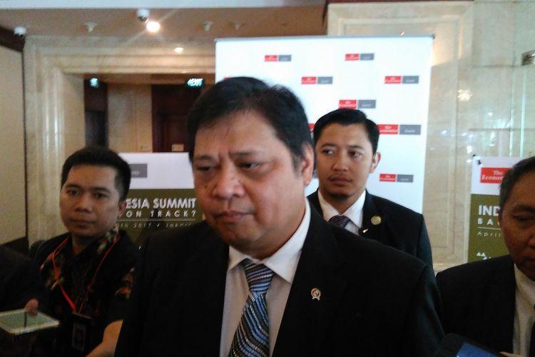 Menperin Airlangga Hartarto saat acara Indonesia Summit 2017 di Hotel Shangrila Jakarta, Kamis (20/4/2017).