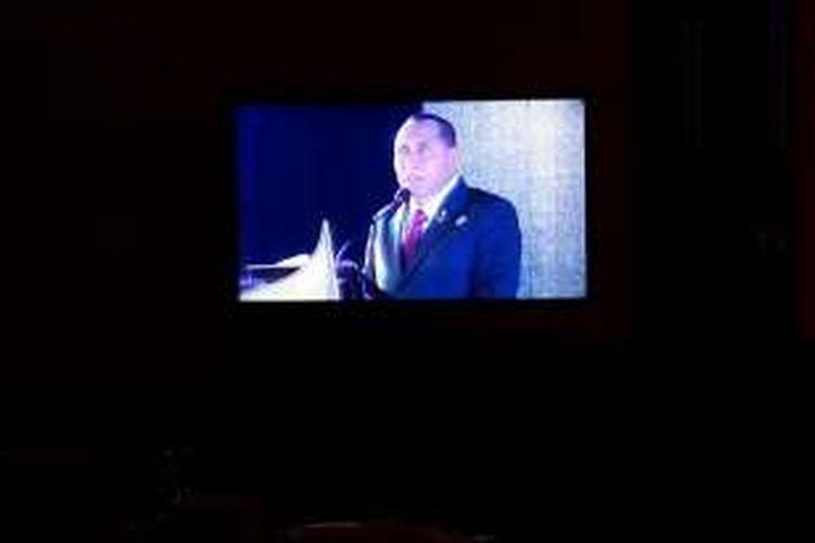 Ketua Umum PSSI, Edy Rahmayadi, berbicara pada Kongres Tahunan PSSI di Hotel Aryaduta, Bandung, Minggu (8/1/2017).