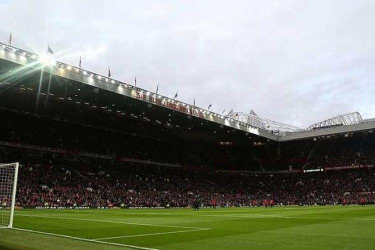 Markas Manchester United, Old Trafford.