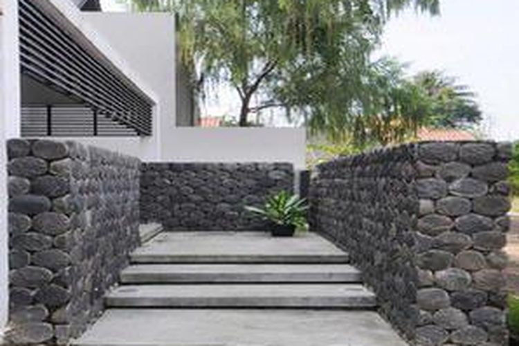 Model Pagar Rumah Minimalis Warna Putih  persiapan membuat pagar rumah