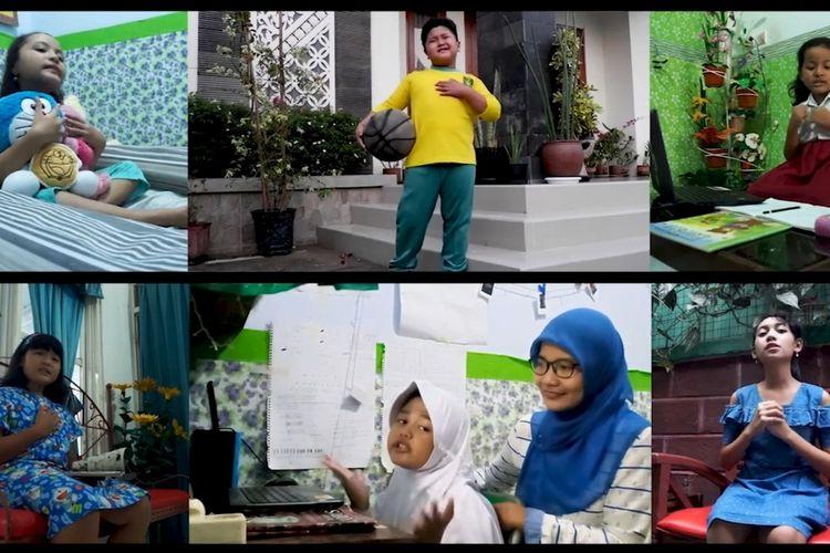Potongan gambar Di Rumah Aja dari para penyanyi cilik sebuah sanggar kesenian di sebuah perkampungan petani di Kulon Progo, DI Yogyakarta. Diunggah ke YouTube dan ditonton ribuan orang.