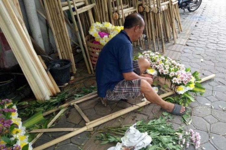 Karangan Bunga Untuk Kahiyang Mulai Dipesan Dari Rp 1 Juta Hingga