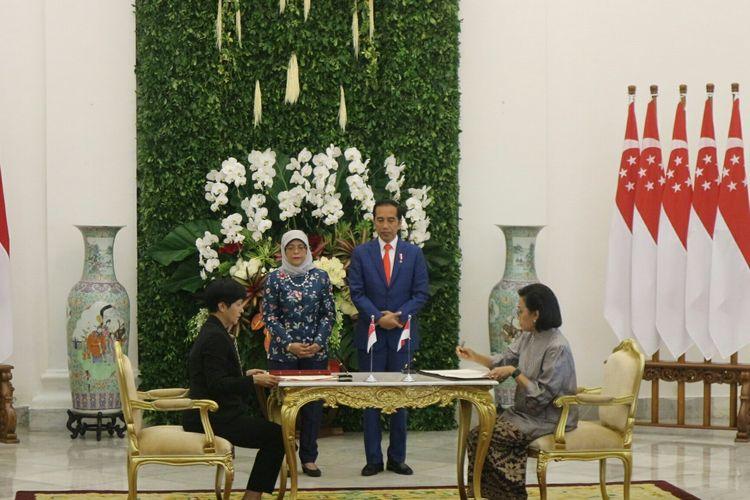 Presiden Joko Widodo menerima kunjungan kenegaraan Presiden Singapura Halimah Yacob di Istana Bogor, Jawa Barat, Selasa (4/2/2020)