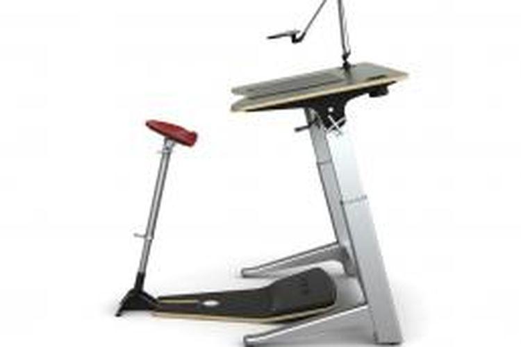 Martin Keen menemukan fakta bahwa bekerja sembari duduk ternyata mengganggu kinerjanya. Ketidaknyamanan tersebut memicunya membuat meja kerja beserta kursi yang mampu menjadi penengah antara bekerja sembari duduk dan berdiri.