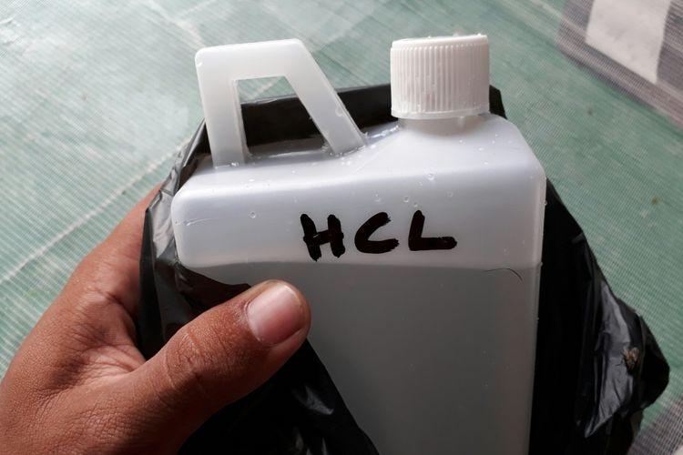 Air Keras Bisa Dibeli Dengan Mudah Di Toko Kimia Halaman All Kompas Com