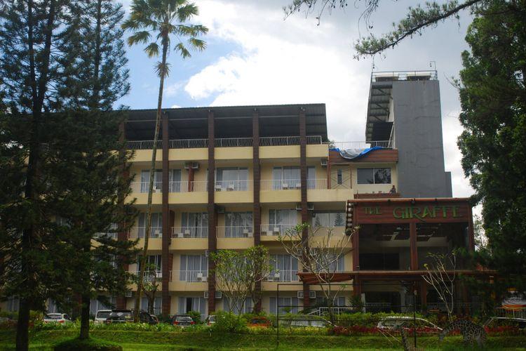 Hotel Royal Safari Garden, Cisarua, Puncak, Bogor, salah satu hotel di kawasan wisata Puncak yang menyuguhkan acara khusus di malam pergantian tahun baru.