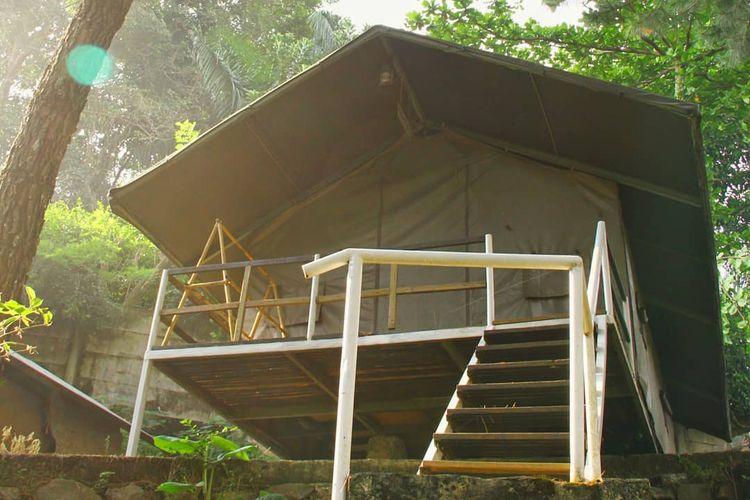 Gunung Geulis Glamping Campsite di Bogor, Jawa Barat.