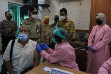 Vaksinasi Covid-19 Lansia Digelar di Sekolah Tiap Kecamatan di Jakpus
