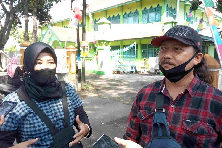 Orangtua siswa salah satu sekolah di Semarang mengadu ke Kemenag Kabupaten Semarang karena keberatan banyaknya pungutan, Selasa (21/7/2020).