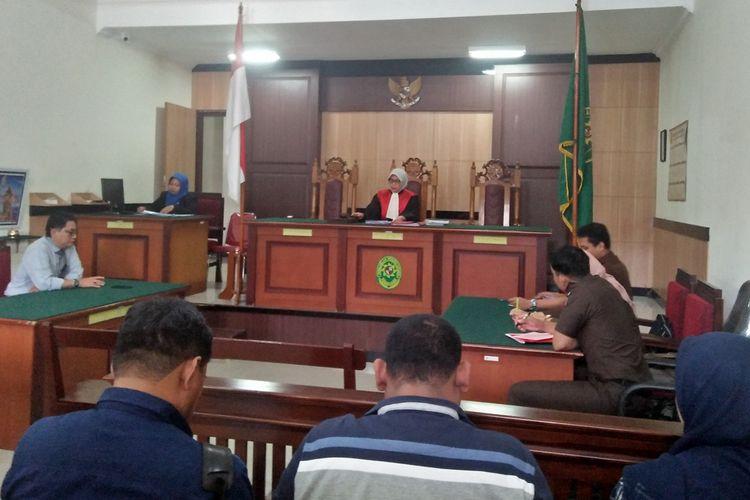 Suasana praperadilan AHW yang digelar di Pengadilan Negeri (PN) Gresik, Senin (11/11/2019).