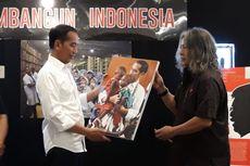 Saat Jokowi Terkesan dengan Foto Dirinya Gendong Anak Papua