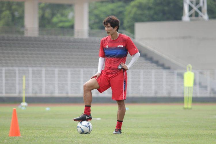 Asisten Shin Tae-yong dalam jajaran kepelatihan timnas Indonesia, Gong Oh Kyun.