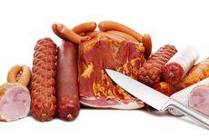 WHO: Makan Daging Merah Sama Buruknya dengan Merokok