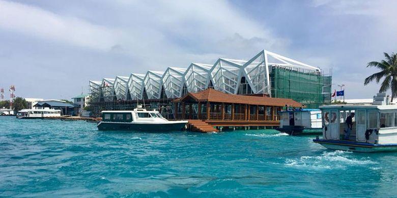 Bandara Inernasional Velana di Maladewa.