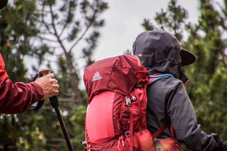 ILUSTRASI - Tas gunung