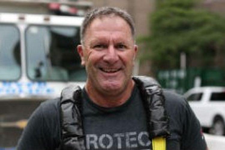 Personil AFP, Komandan Grant Edwards dijuluki pria terkuat di Australia mengungkapkan masalahnya berperang melawan PTSD yang dideritanya setelah menangani sejumlah kasus yang membuatnya trauma seperti eksploitasi anak dan melindungi personil di Afganistan.