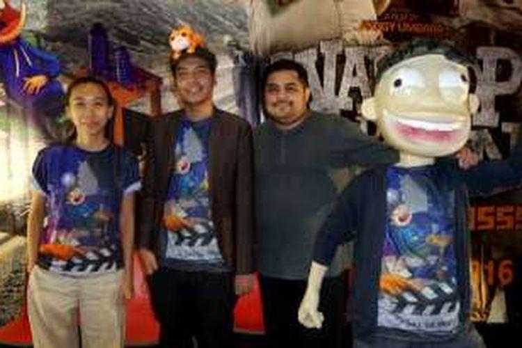 Produser film Si Juki The Movie, Frederica; kreator komik dan sutradara film itu, Faza Meonk; dan animator film tersebut, Daryl Wilson (dari kiri ke kanan); hadir dalam jumpa pers pada acara PopCon Asia 2016 di Jakarta Convention Center, Senayan, Jakarta Pusat, Minggu (14/8/2016).