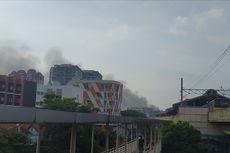 Kebakaran Lalap Permukiman di Belakang WTC Mangga Dua