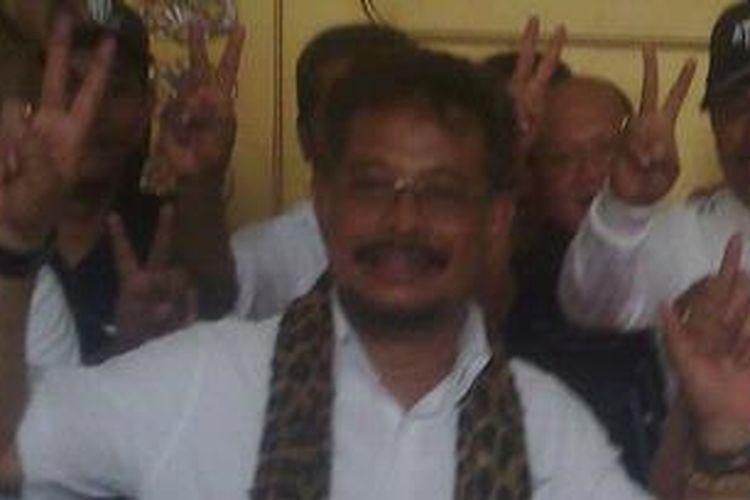Pasangan calon gubernur Sulsel incumbent nomor urut 2, Syahrul Yasin Limpo-Agus Arifin Nu'mang (Sayang) menggelar konfrensi pers di rumah jabatan Gubernur Sulsel setelah mengetahui hasil perhitungan cepat atau Quick Qount dimenangkannya.