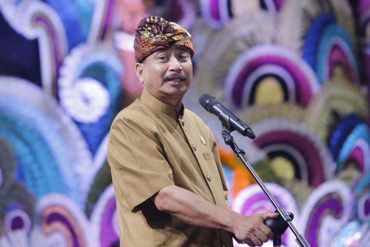 Menteri Pariwisata Arief Yahya saat menghadiri pembukaan ajang Sanur Village Festival 2019 di Pantai Matahari Terbit, Bali, Rabu (21/8/2019).