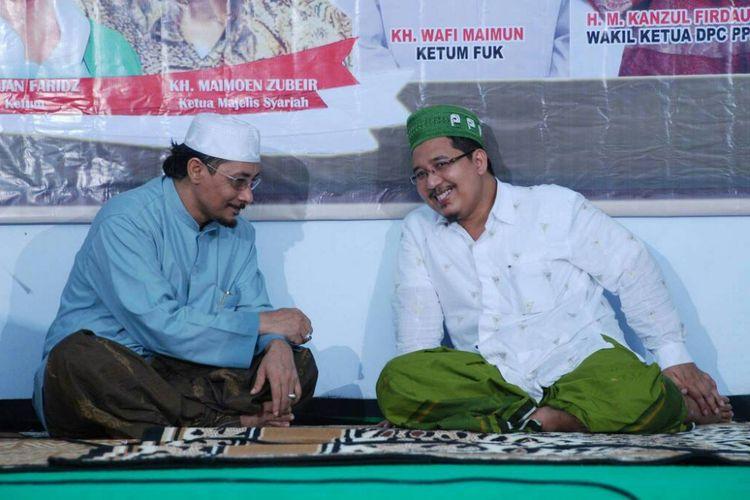 Ketua Umum Pengurus Besar (FUK) KH Wafi Maimun (peci hijau) menolak kebijakan full day school.