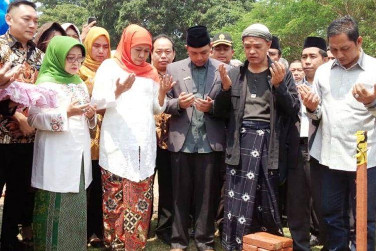 Gubernur Jawa Timur terpilih, Khofifah Indar Parawansa, saat menghadiri peresmian pembangunan kelas internasional di Universitas Pesantren Tinggi Darul Ulum (UNIPDU) Rejoso - Jombang, Sabtu (15/9/2018)