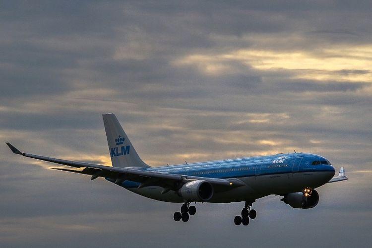 Pesawat Airbus A330-200 milik maskapai penerbangan Belanda, KLM.