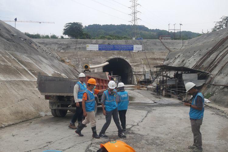 Tunnel project PLTA Jatigede sudah selesai dibangun. Diharapkan pembangkit listrik ini sudah mulai beroperasi pada September 2020. AAM AMINULLAH/KOMPAS.com