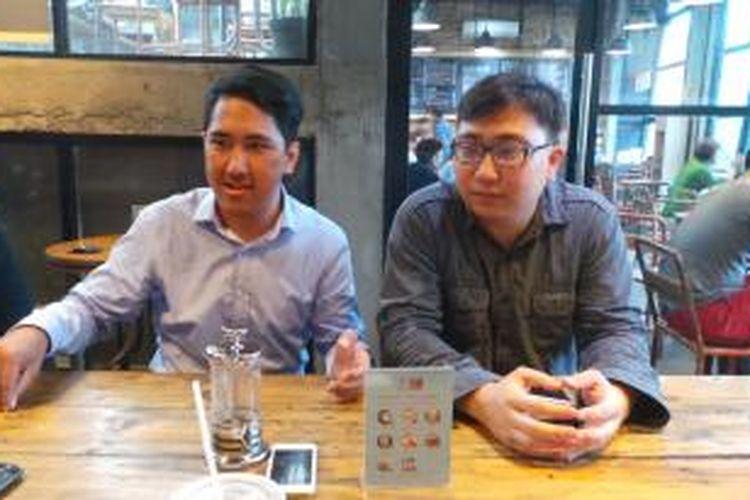 Pemohon uji materi Undang-Undang Perkawinan, Rangga Sujud Widigda (kiri) dan Damian Agata Yuvens (kanan).