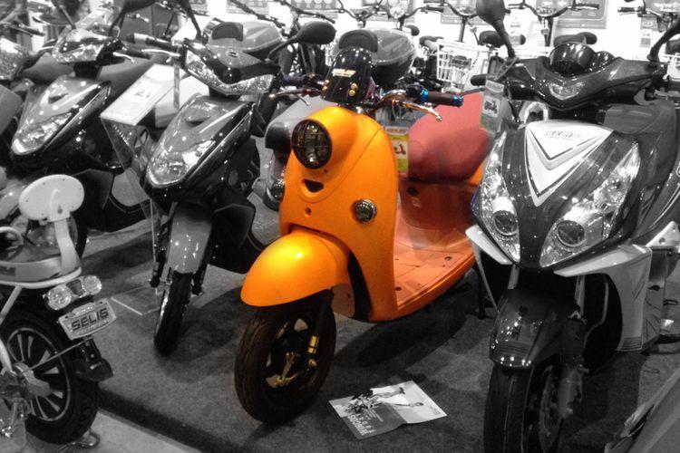 Prodk skuter dari Selis.