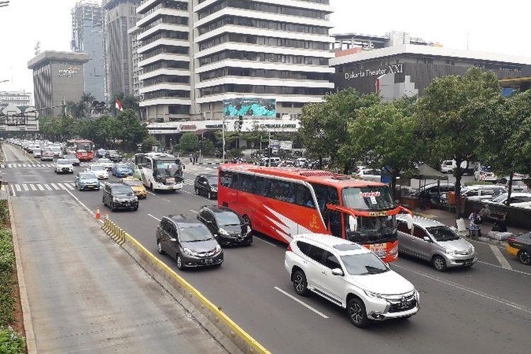 Penindakan electronic traffic law enforcement (ETLE) atau tilang elektronik yang mulai dilakukan pada Kamis (1/11/2018) di kawasan Sarinah, Jakarta Pusat.