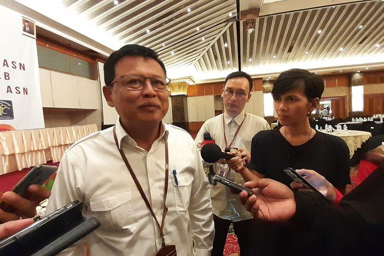 Sekretaris Kemenpan RB Dwi Wahyu Atmaji usai menghadiri penandatanganan bersama sejumlah kementerian dan lembaga di Hotel Grand Sahid Jakarta, Selasa (12/11/2019).