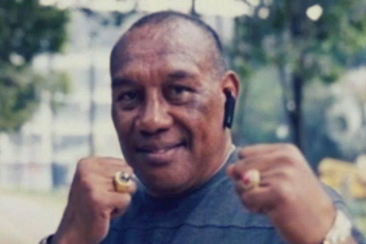 Legenda tinju Indonesia, Albert Papilaya.