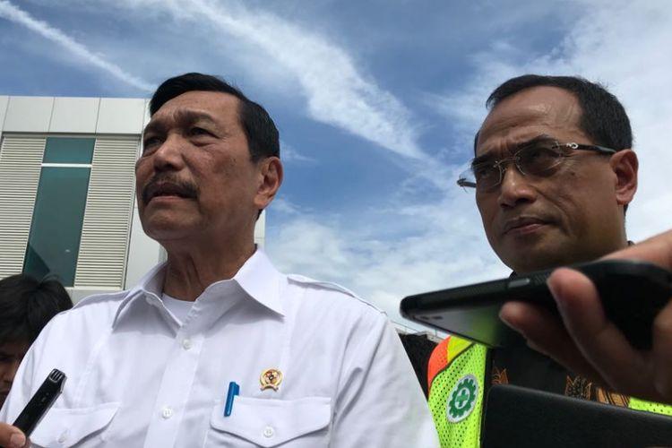 Menteri Kordinator Bidang Kemaritiman Luhut Binsar Panjaitan saat di Bandara Kertajati, Jawa Barat, Kamis (24/5/2018).