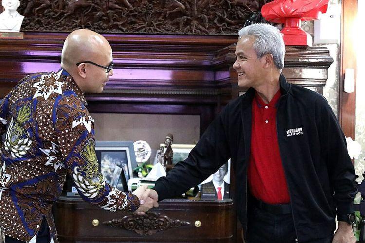 Duta Besar Indonesia di Perancis, Arrmanatha Christiawan Nasir saat bertemu Gubernur Jawa Tengah Ganjar Pranowo di Puri Gedeh Semarang, Minggu (9/2/2020).