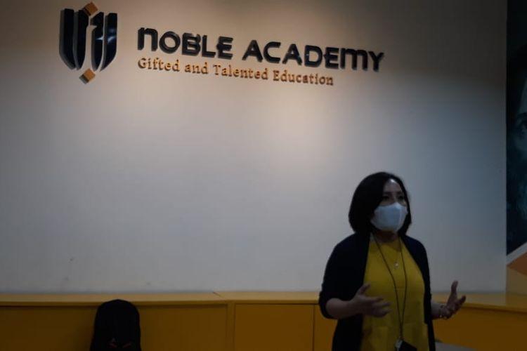 Inisiator dan Director Noble Academy Jakarta, Nancy Dinar dalam acara media conference, Podomoro City, Jakarta Barat, Jumat (20/11/2020).