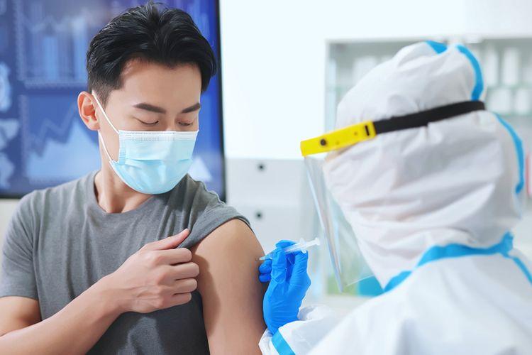 Ilustrasi vaksinasi sebagai syarat perjalanan.