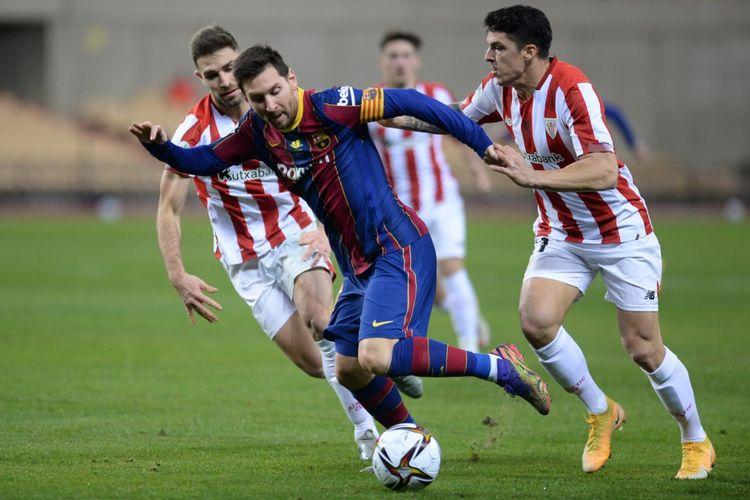 Lionel Messi dalam pertandingan Barcelona vs Athletic Bilbao pada final Piala Super Spanyol di Stadion La Cartuja, Senin (18/1/2021) dini hari WIB.