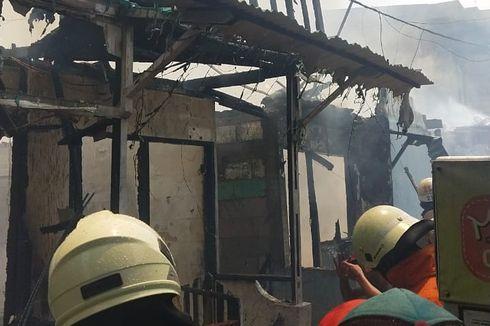 30 Rumah Terbakar di Penjaringan, 17 Unit Damkar Dikerahkan