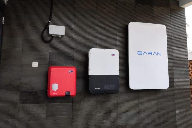 Baran Energy mengembangkan Baran PowerWall berkapasitas 8800 Watt-hour (Wh) yang bisa digunakan untuk rumah dengan daya 1300 W hingga 10.000 W, kantor, serta industri kecil.