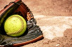 Perbedaan antara Glove Softball dan Glove Baseball