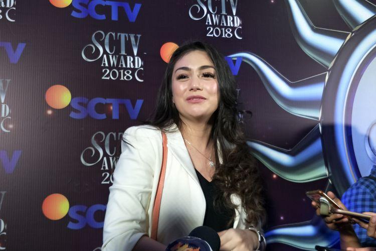 Celine Evangelista hadir pada Malam Puncak Penghargaan SCTV Awards 2018 di Studio 6 Emtek City, Daan Mogot, Jakarta Barat, Jumat (30/11/2018),