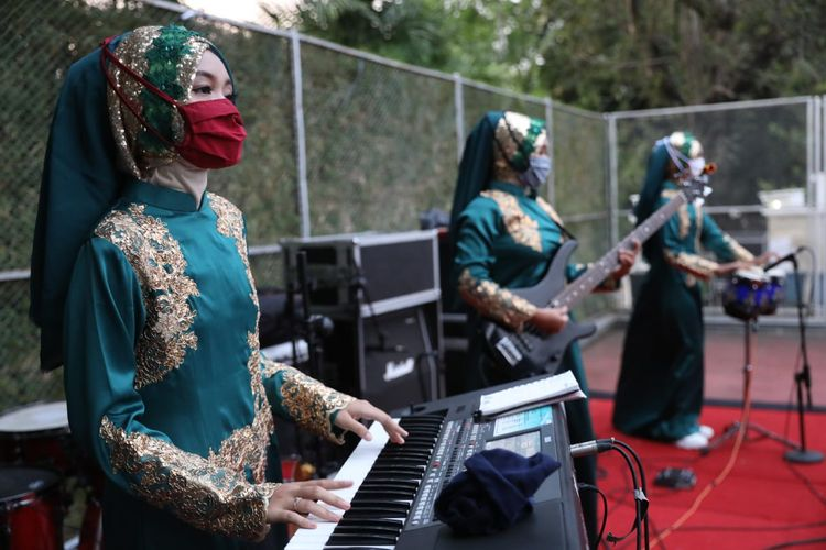 Lewat Panggung Kahanan, Ganjar Pranowo Galang Dana untuk Seniman