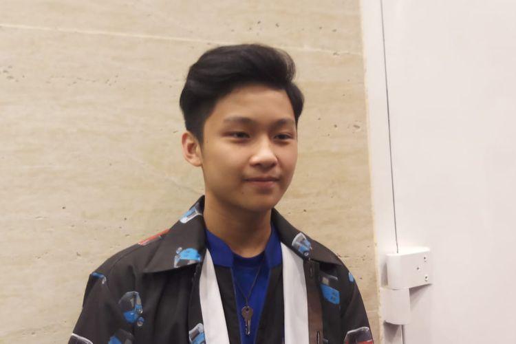 Penyanyi Samuel saat ditemui di kawasan Kebon Jeruk, Jakarta Barat, Selasa (24/12/2019) dini hari.