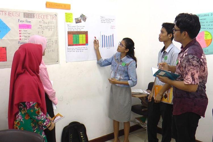 Paket Kampus Merdeka dapat menjadi inovasi untuk menjawab tantangan perguruan tinggi masa kini untuk menyiapkan lulusan berkualitas sesuai tuntutan abad 21.